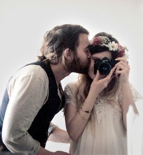 عشق .. :)