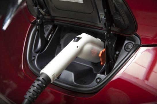 تا سال 2020 از هر 6 خودروی فروخته شده یکی باید الکتریکی باشد…