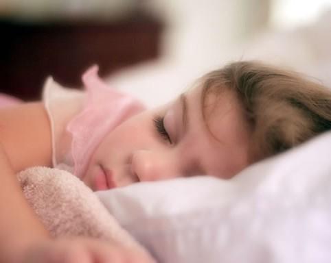 خواب سبک و کم خوابی در کودکان با بیش فعالی و کمبود توجه…