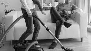وظایف زن و مرد در زندگی مشترک و تقسیم کار خانه…